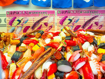 箱根,日本- 2017年7月02日:塑料食物在Teramachi戏弄,是位于中心的一条室内购物街道  免版税图库摄影