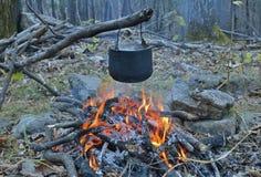 篝火和罐12 图库摄影