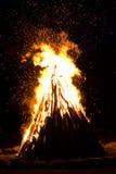 篝火巨大室外 免版税库存图片