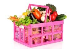 篮子查出的塑料集合蔬菜 免版税库存图片