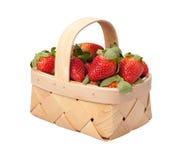 篮子查出的草莓白色 库存照片