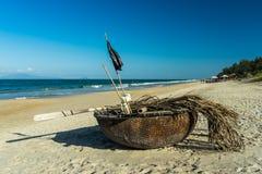 篮子渔船 图库摄影