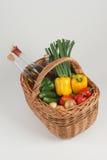 篮子蔬菜 库存照片