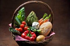 篮子蔬菜 免版税图库摄影