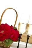 篮子香槟玫瑰 图库摄影