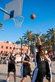 篮球反弹 免版税图库摄影