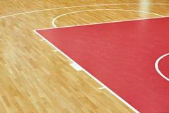 篮球场木条地板 图库摄影