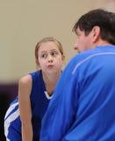 篮球女孩杂乱的一团 免版税库存照片