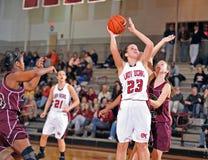 篮球女孩高中 免版税库存图片
