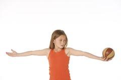 篮球女孩 免版税图库摄影