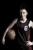 篮球女性 免版税库存照片