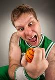 篮球异常的球员 免版税库存图片