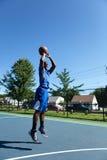 篮球比赛射击 库存照片
