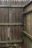 篱芭老被佩带的外背景 免版税库存照片
