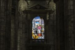 米兰中央寺院的内部的片段  图库摄影