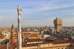 米兰大教堂中央寺院二米兰的屋顶 库存照片