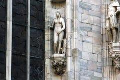 米兰大教堂中央寺院,圆顶,伊娃细节 库存图片