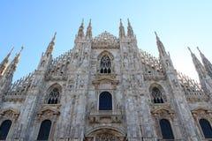 米兰大教堂前面  库存图片