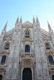 米兰大教堂前面  免版税库存照片
