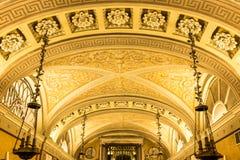 米兰大教堂天花板艺术  免版税图库摄影