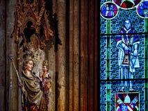 米兰,德国的玛丹娜在科隆大教堂里面的 库存照片