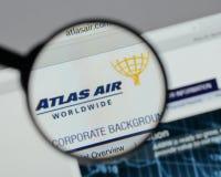 米兰,意大利- 2017年8月10日:亚特拉斯航空全世界藏品日志 免版税图库摄影