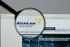 米兰,意大利- 2017年8月10日:亚特拉斯航空全世界藏品日志 免版税库存照片