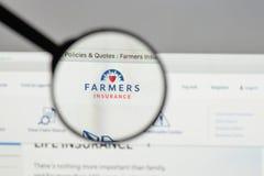 米兰,意大利- 2017年8月10日:农夫保险交换商标 库存图片
