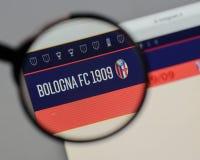 米兰,意大利- 2017年8月10日:在网站h上的波隆纳FC商标 免版税图库摄影
