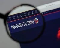 米兰,意大利- 2017年8月10日:在网站h上的波隆纳FC商标 免版税库存图片