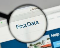 米兰,意大利- 2017年8月10日:在网站h上的第一个数据商标 免版税库存照片