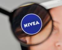 米兰,意大利- 2017年11月1日:在网站homep的妮维雅商标 库存照片