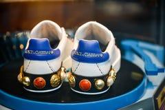 米兰,意大利- 2017年9月24日:在DNG的Dolce Gabbana鞋子 免版税图库摄影