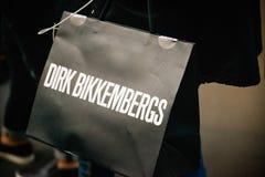 米兰,意大利- 2017年9月24日:有德克的Birkkemberg游人 免版税图库摄影