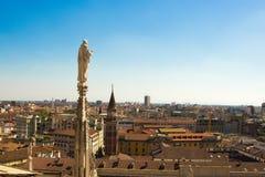 米兰,意大利- 2017年9月05日:米兰大教堂,中央寺院二米兰—米兰哥特式大教堂教会  免版税库存照片