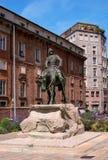米兰,意大利- 2016年5月25日:朱塞佩Missori骑马雕象-1829-1911-,意大利军事领导,加里波第追随者 Piazz 免版税库存照片
