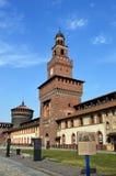 米兰,意大利- 2017年7月19日:Sforza城堡Castello Sforzesco是一座城堡在米兰,意大利 它在15世纪被修造了  免版税图库摄影