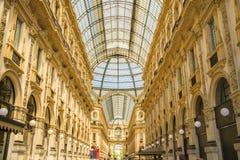 米兰,意大利- 13-05-2017 :圆顶场所维托里奥Emanuele II在米拉 免版税库存图片