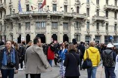米兰,米兰,妇女塑造星期秋天冬天2015 2016年 免版税库存图片