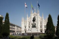 米兰, Piazza del Duomo,圣玛丽亚大教堂  库存照片