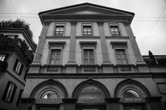 米兰- 2016年10月9日:乔治・阿玛尼商店在米兰 免版税图库摄影