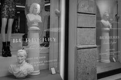 米兰- 2016年10月9日:柏帛丽商店在米兰 库存照片
