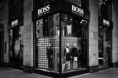 米兰- 2016年10月9日:雨果上司商店在米兰 库存照片