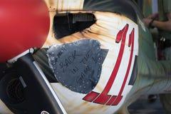 米卡埃尔Brageot在比赛的飞机后面在细节 免版税库存照片