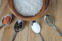 米和混合香料 库存照片
