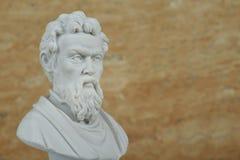 米开朗基罗,古老意大利创造性的艺术家雕象  免版税图库摄影