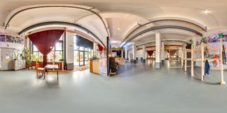 米斯克,白俄罗斯- 2018年:3D党顶楼内部的球状全景与酒吧的与360视角 为真正realit准备 免版税图库摄影