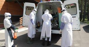 米斯克,白俄罗斯- 2017年7月31日:由埃博拉病毒保护的医疗训练 影视素材