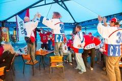 米斯克,白俄罗斯- 5月11 -在咖啡馆的捷克爱好者在2014年5月11日的Chizhovka竞技场在白俄罗斯 冰球冠军 库存照片