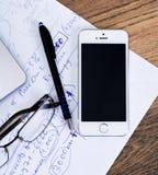 米斯克,白俄罗斯- 2016年4月16日:企业概念 Apple Iphone 4s 库存照片